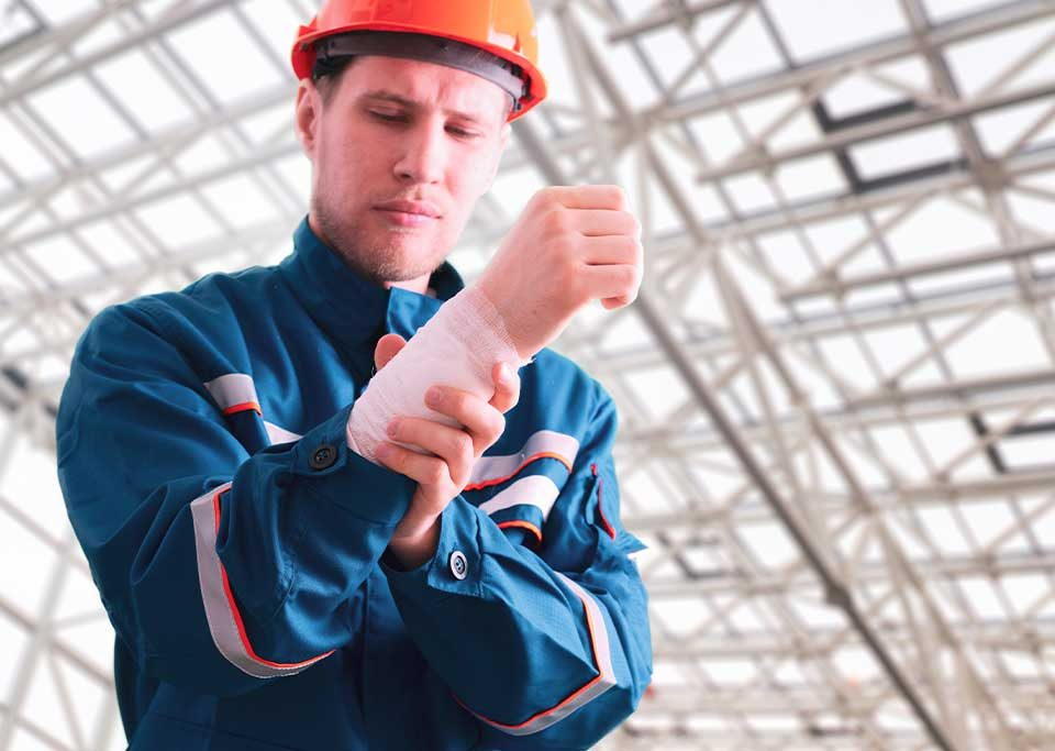 Causes of injury in the manufacturing industry