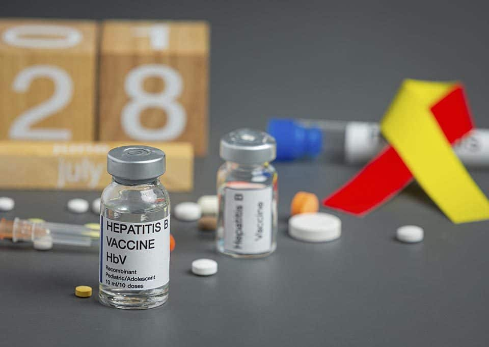 Difference between hepatitis A and B
